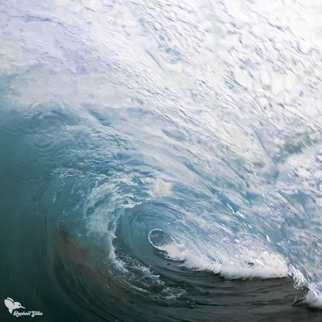 Dans l'oeil de la vague